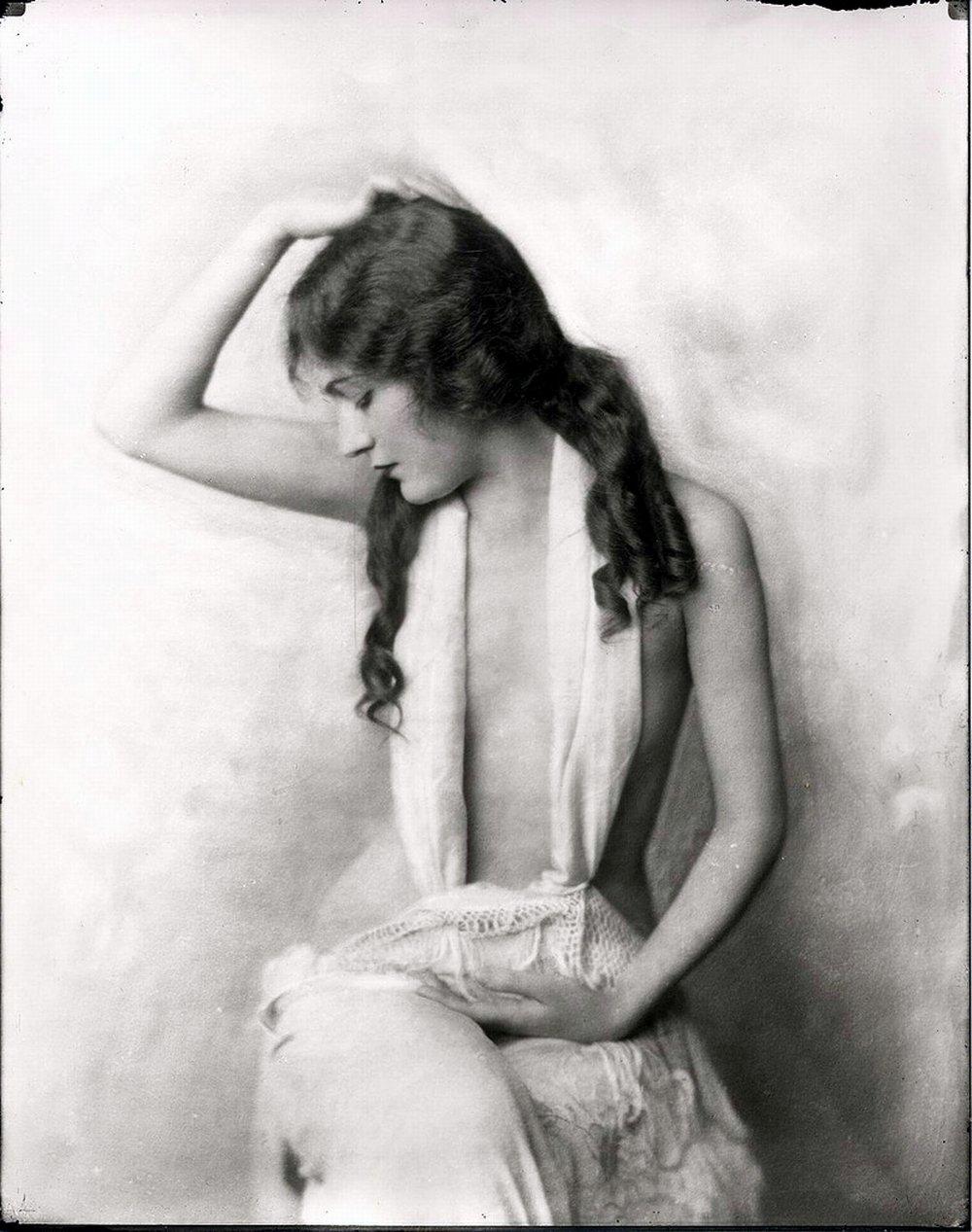 Эротика 19 века в картинках 30 фотография